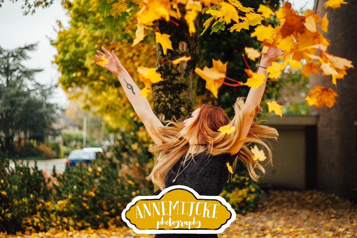 Fotoshoot herfst bladeren Assen