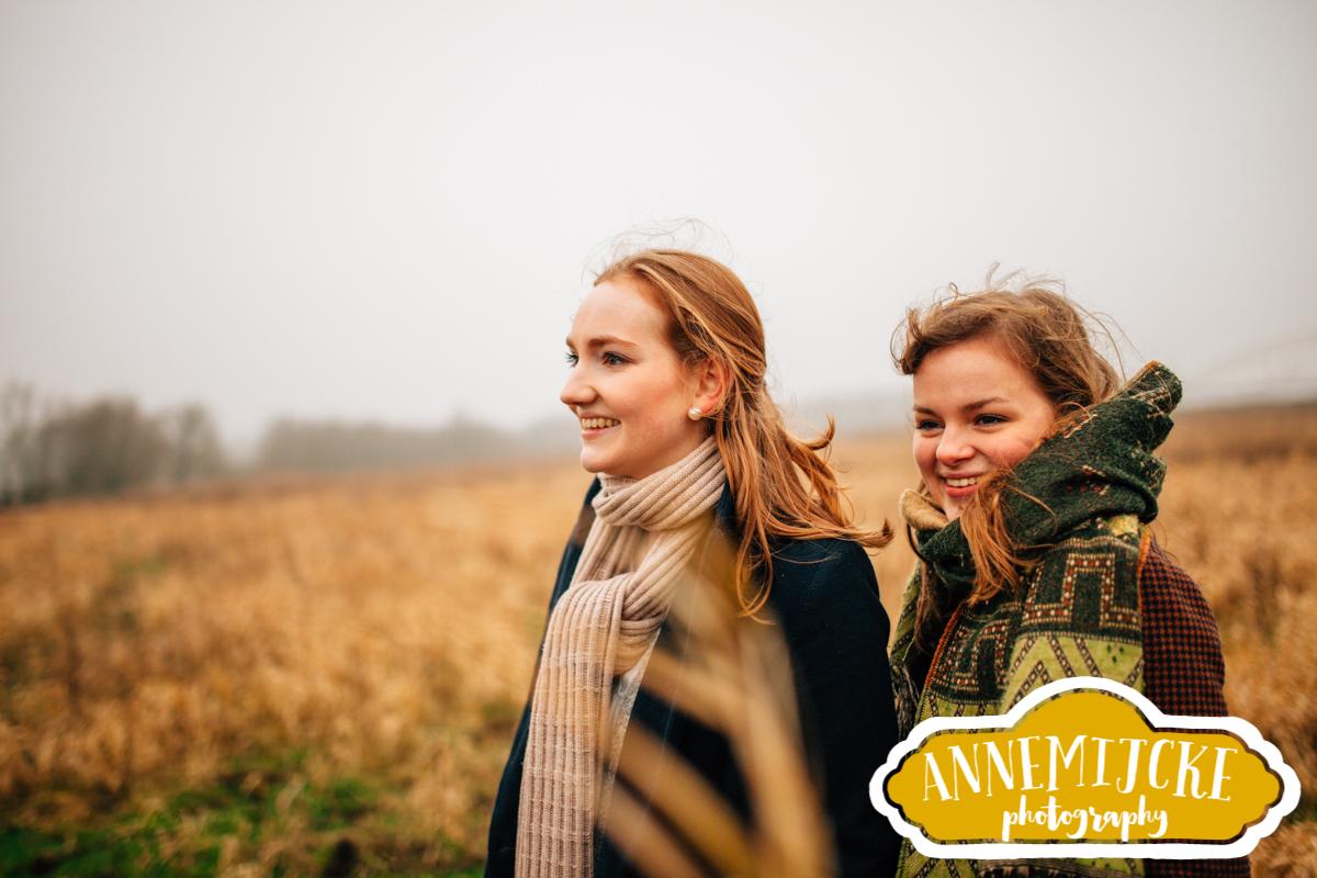 Fotoshoot vriendinnen Nijmegen Ooijpolder